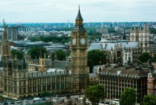 Theresa May urged to lift UK post-study work visa restrictions - Global Education Times (GET News)