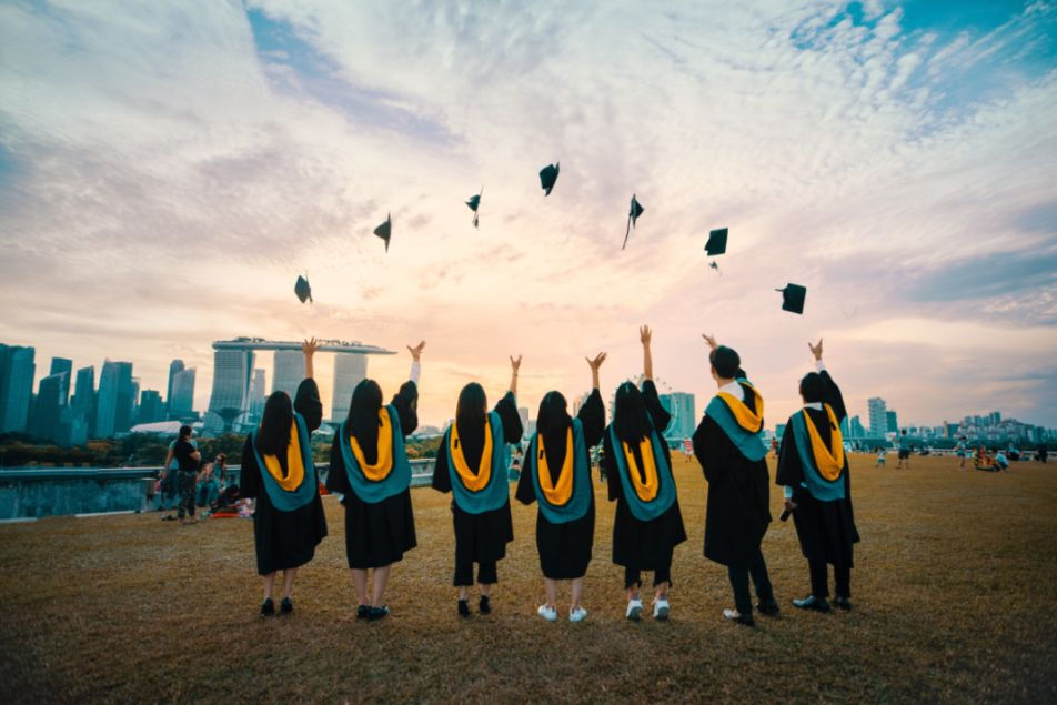 Universities recruit foreign students to offset decline in college population