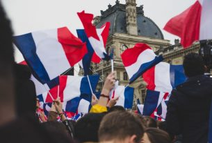 France court rules against tuition fees rise for foreign students - Global Education Times (GET News)