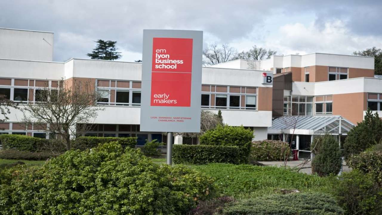 €608K emlyon aid for COVID-19 affected students
